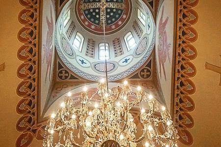 Св. Крест (фреска в барабане купола). Иконописная мастерская Палехский образ